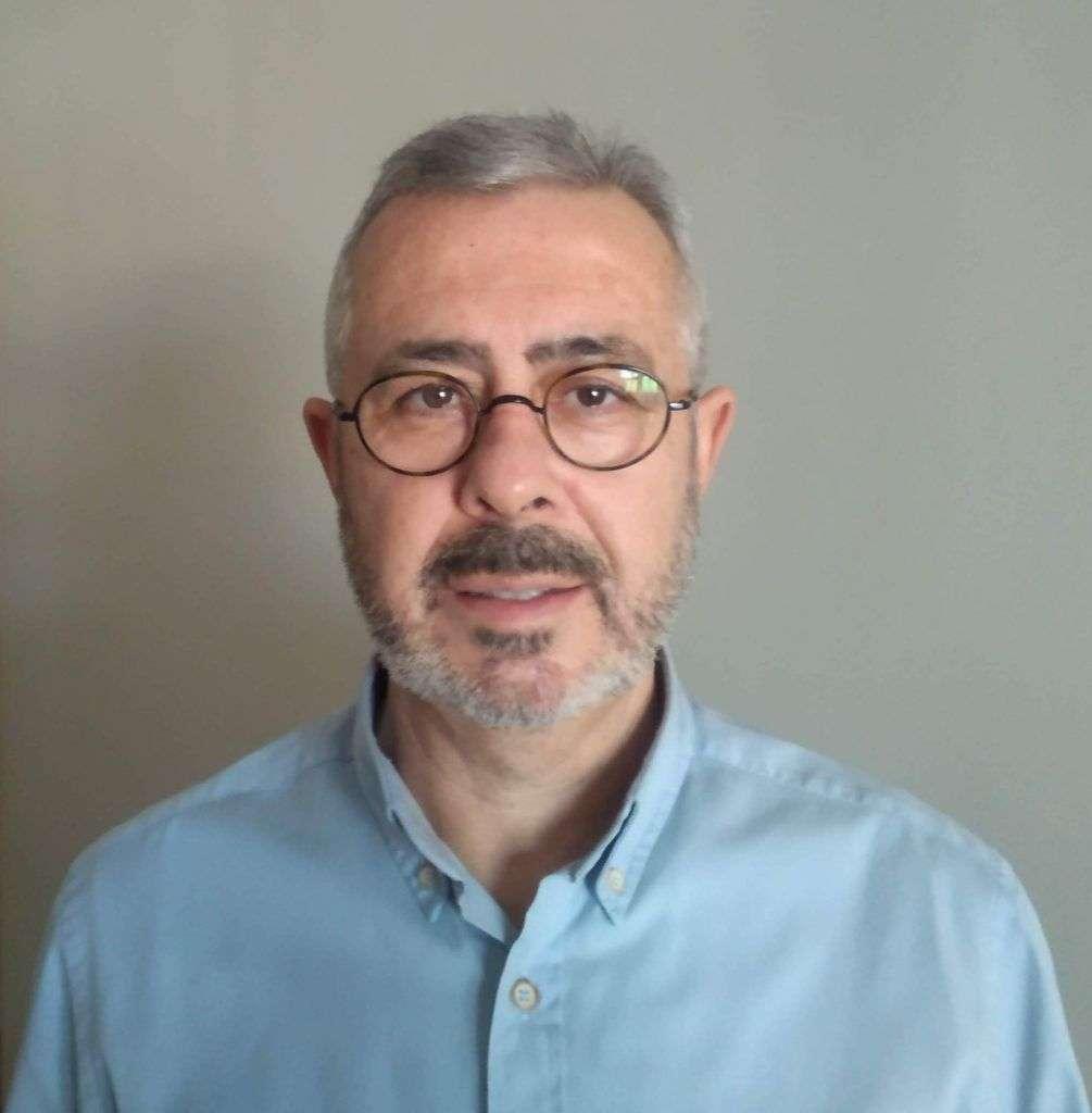 Juan M Ballesteros
